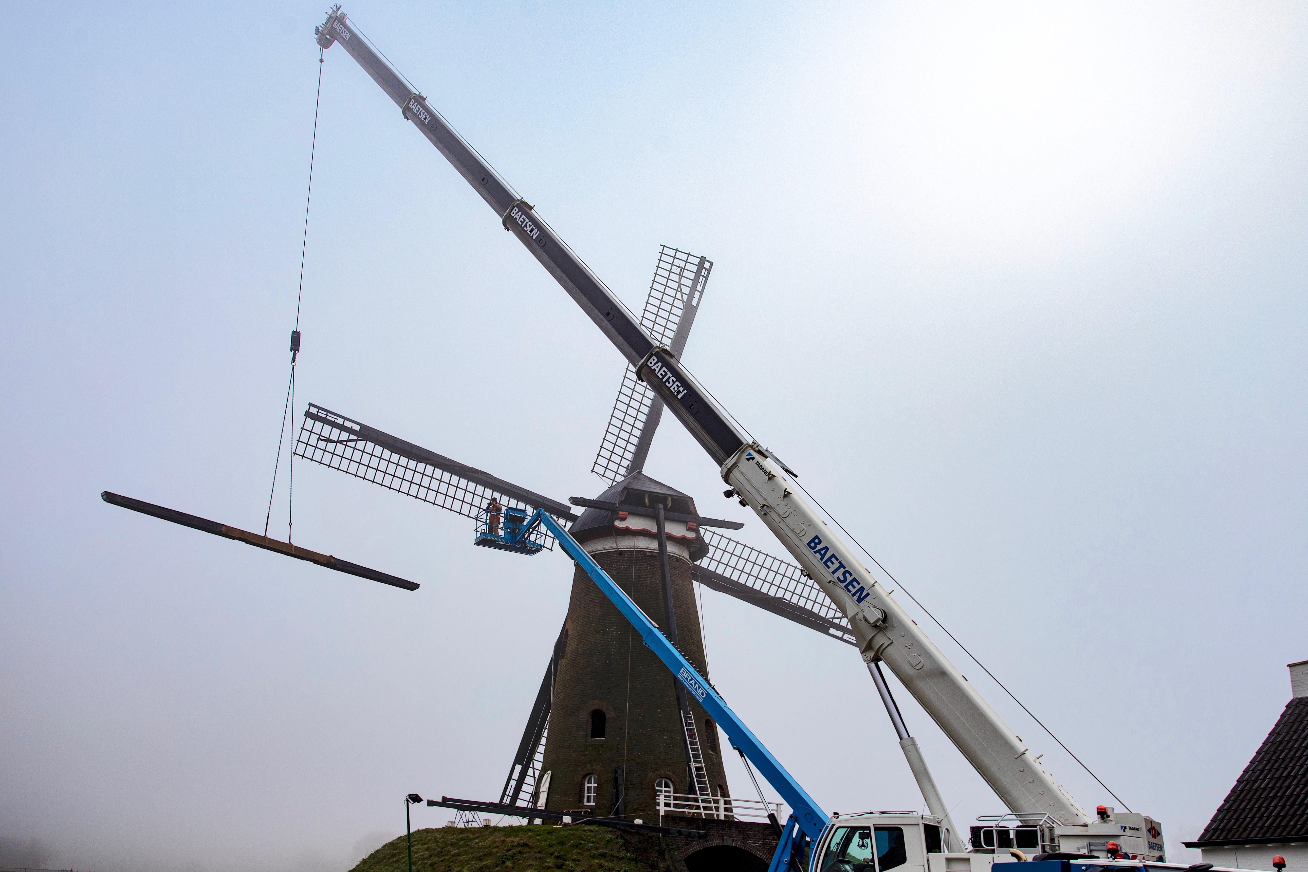 Reparatiewerkzaamheden aan De Roosdonck zijn gestart